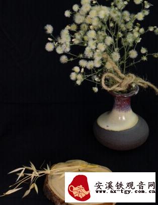 那些优雅到家的茶室插花