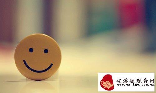 微笑品茶,一切很美好