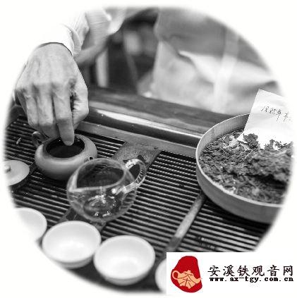 """""""普洱茶教父""""白水清:有年头的茶越有年头越好喝"""